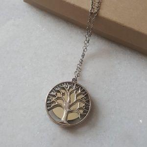 Jewelry - NIB Tree of Life Necklace